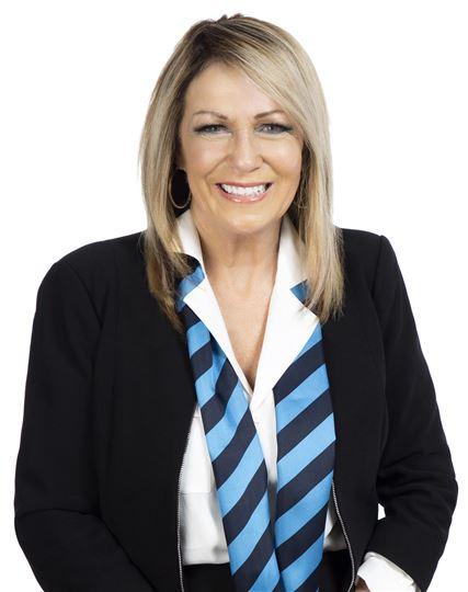 Elana McCay