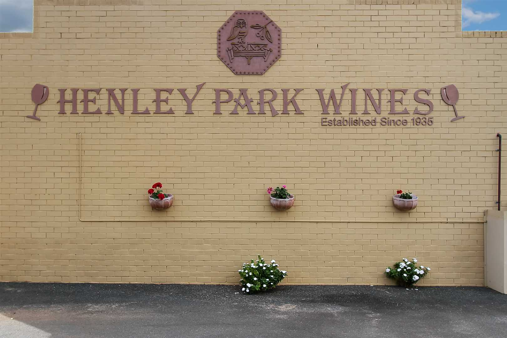 Henley Park Winery & Cafe