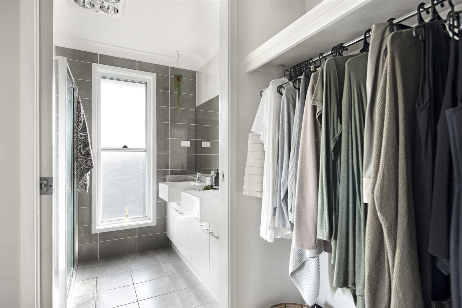 Ensuite and walk-in robe