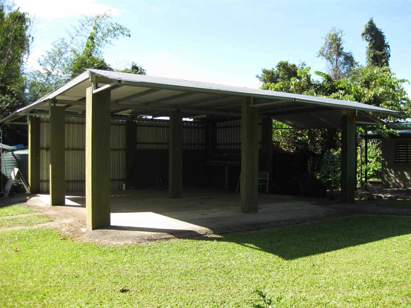 Outside view of part of two bay carport, photo 2