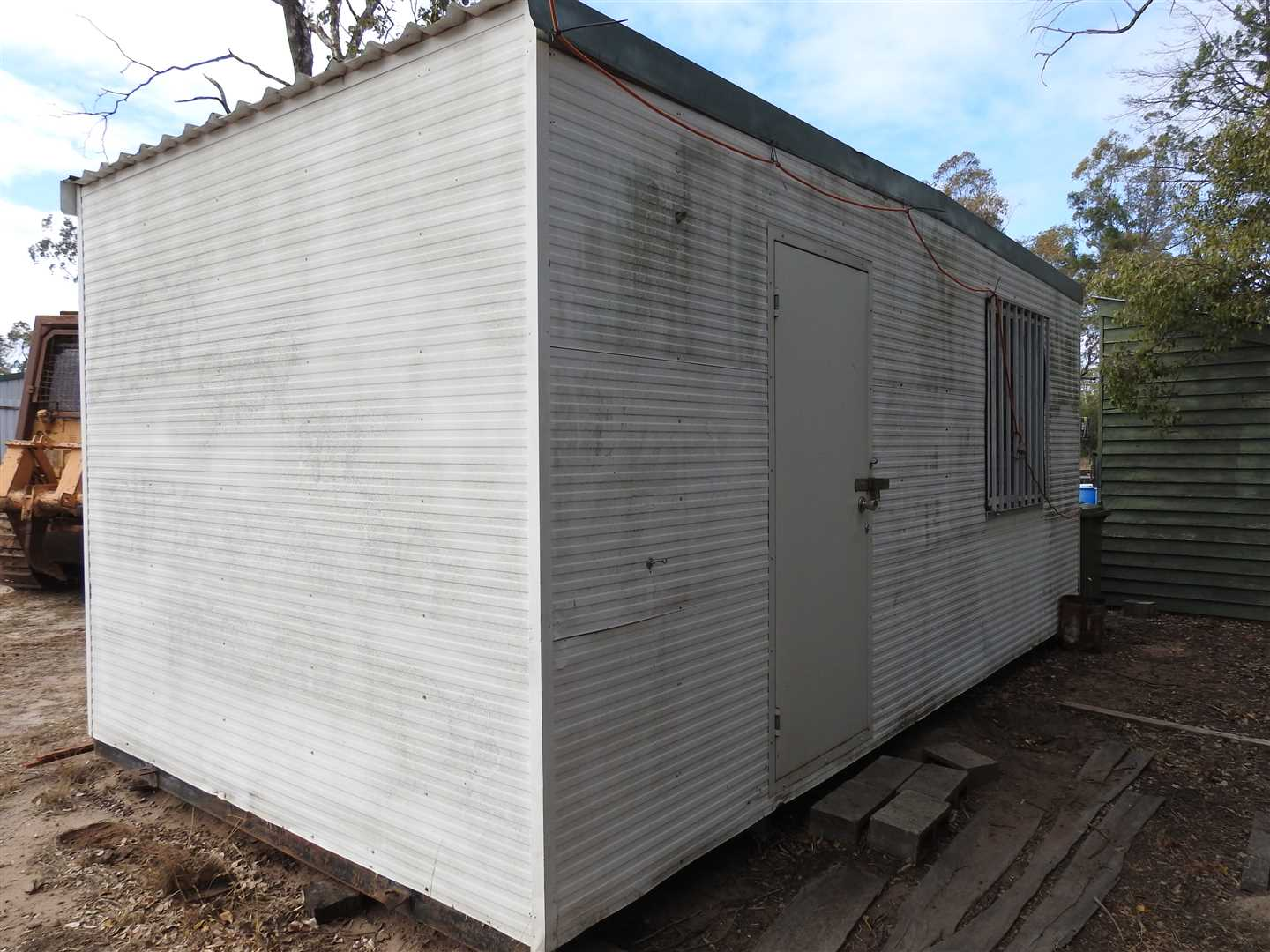 6m x 3m  Donga, single room, two windows, small r/c  a/c one end