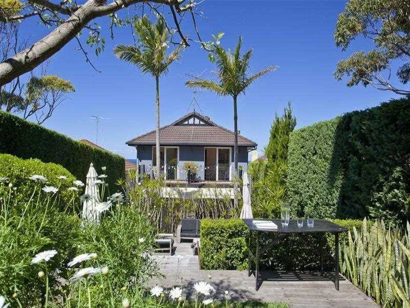 Gorgeous Family Home - Outstanding Location