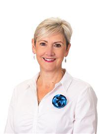 Helga Hartzer