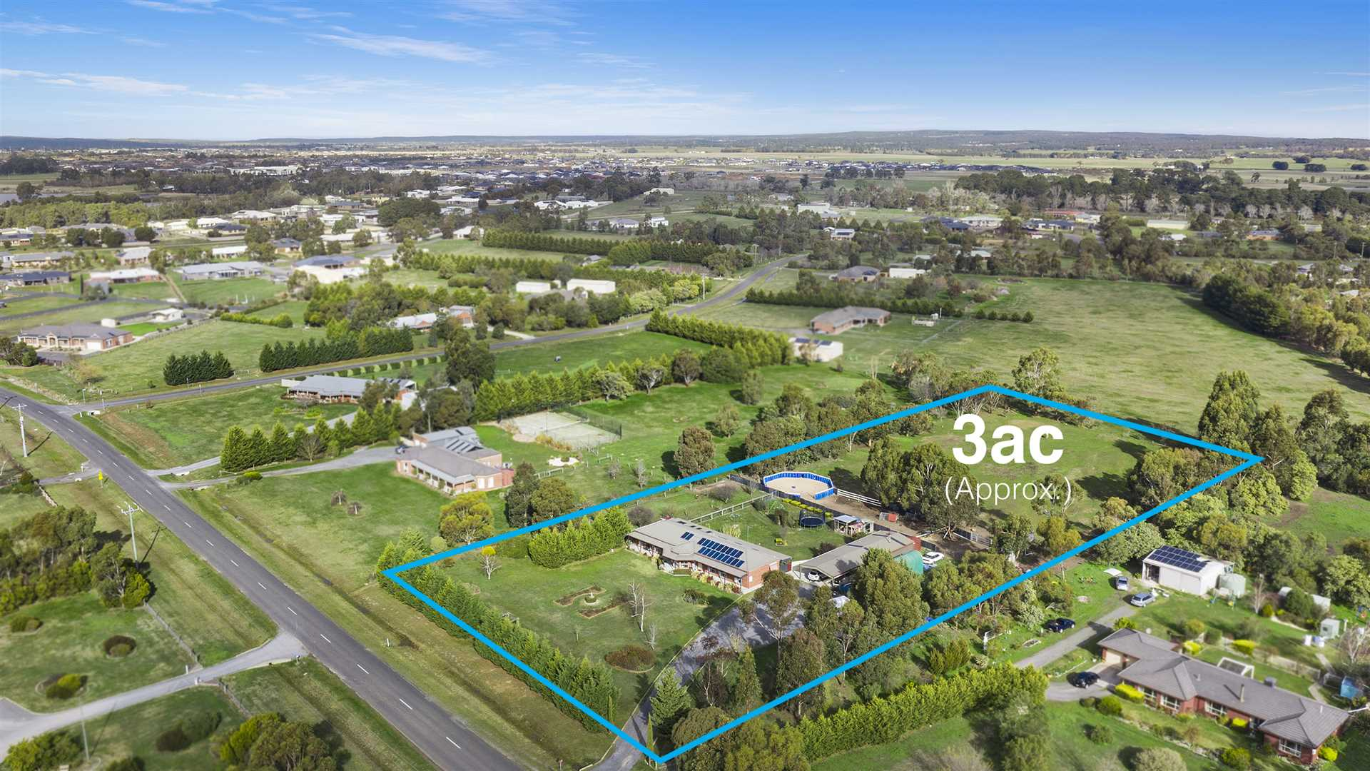 Enjoy The Space or Subdivide (STCA) - Approx. 3 Acres