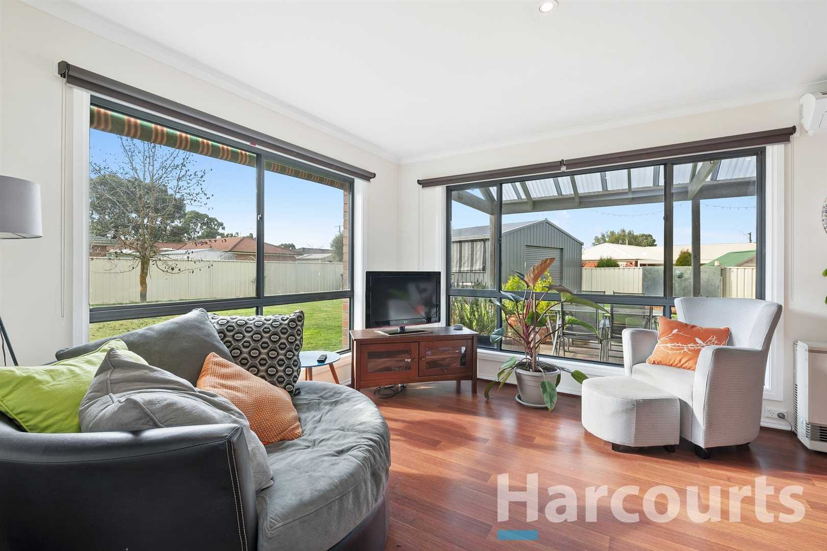 Well Presented Home in a Quiet Street With Great Shed