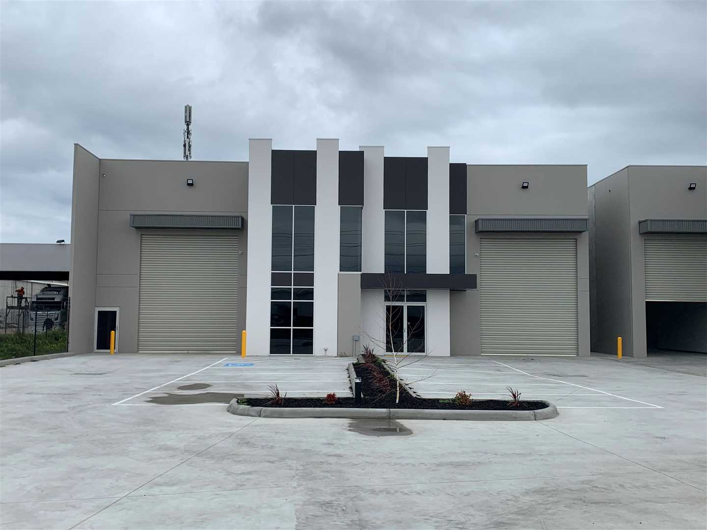 Quality New Warehouse on Hume Highway!