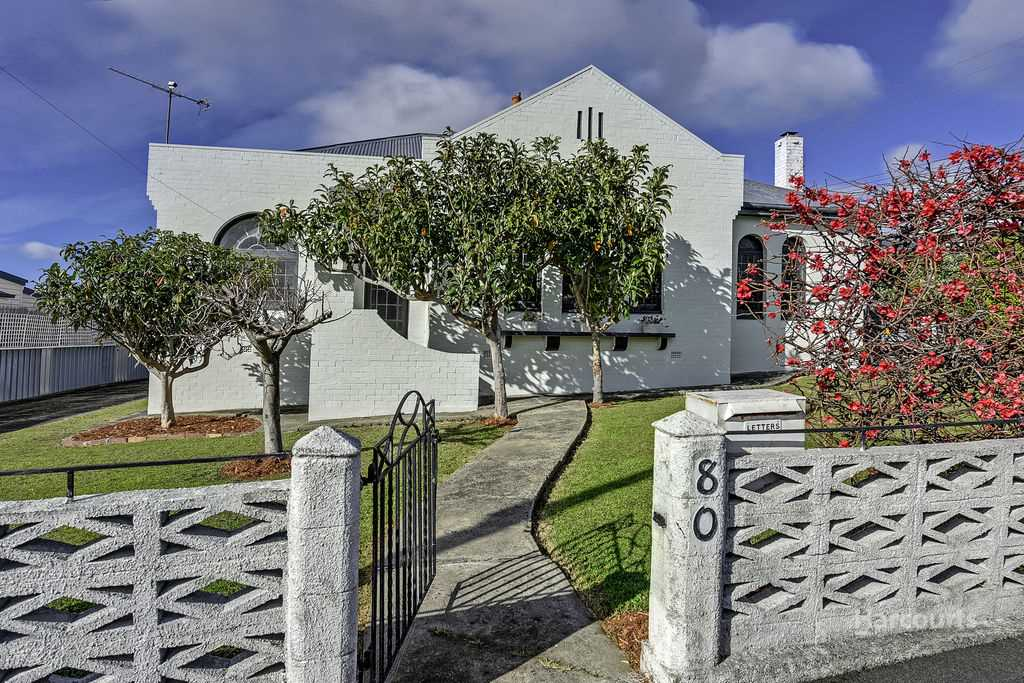 Character home in convenient West Hobart
