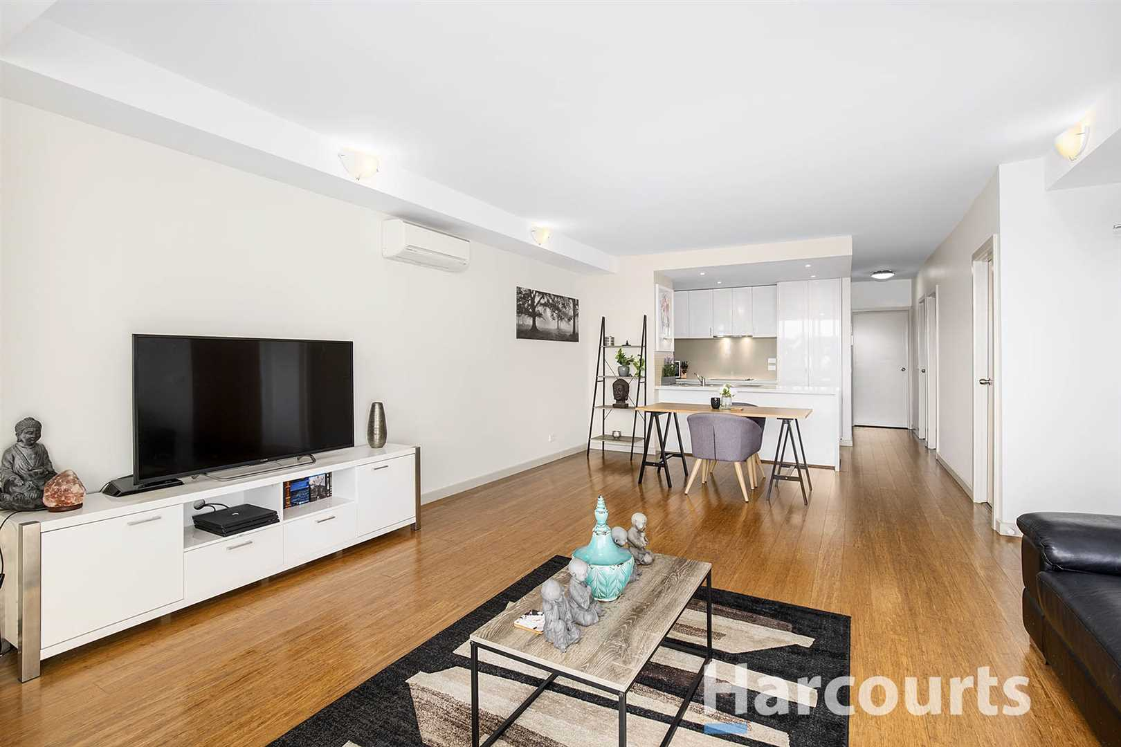 Lifestyle & Convenience in the Heart of Bayswater!