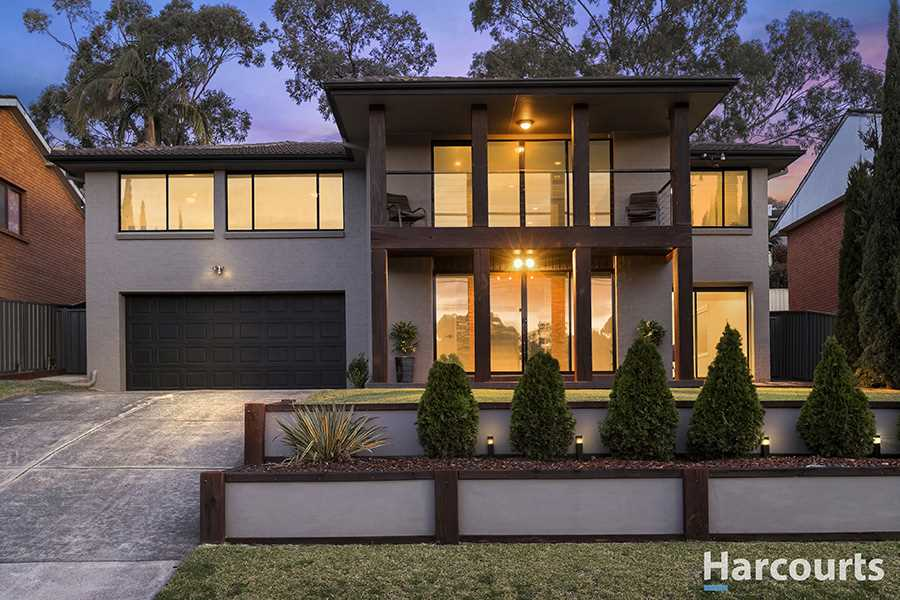Impressive Dual Level Home Stands Out From the Crowd