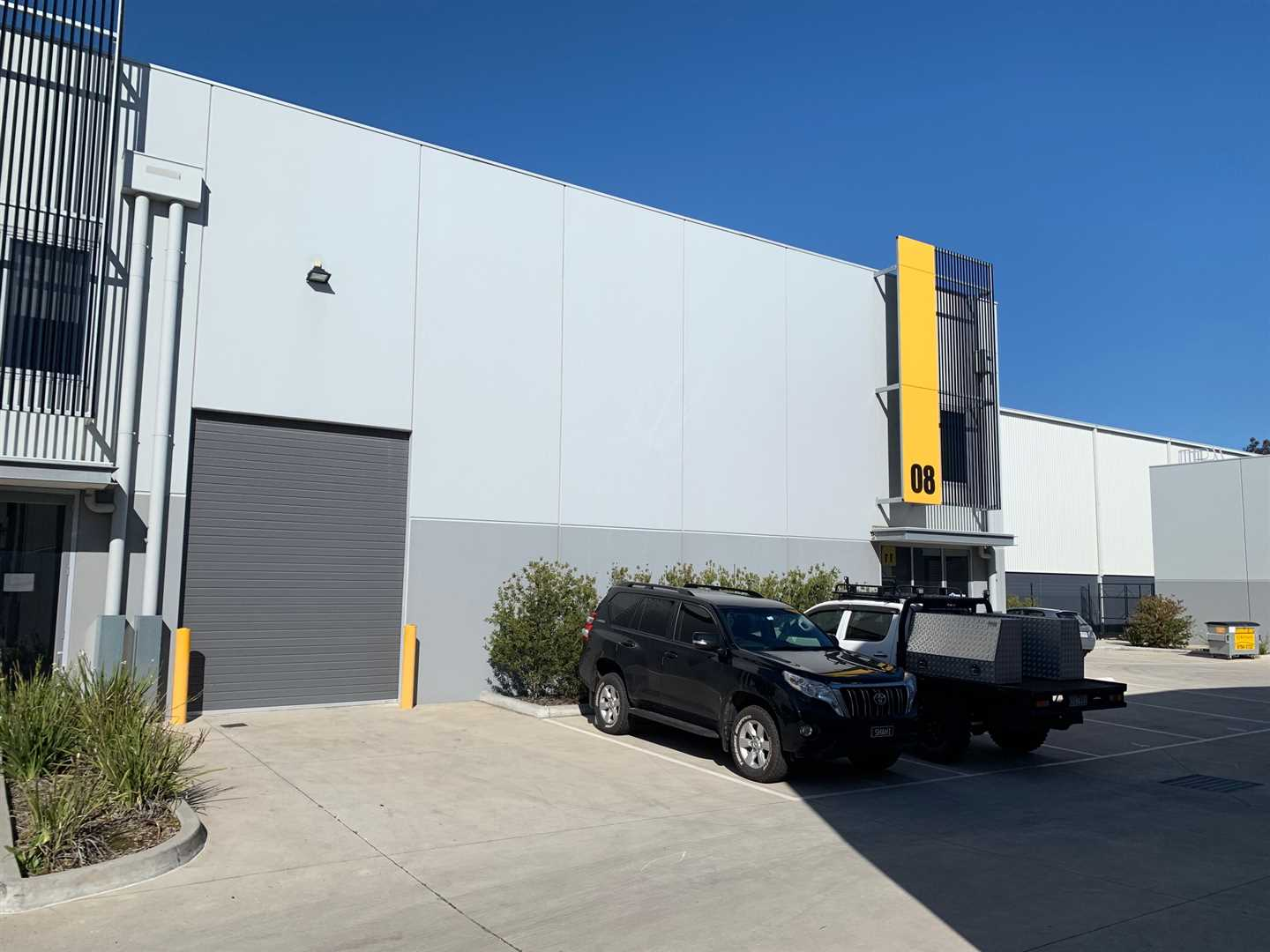Top Quality Office/Warehouse in the heart of Epping