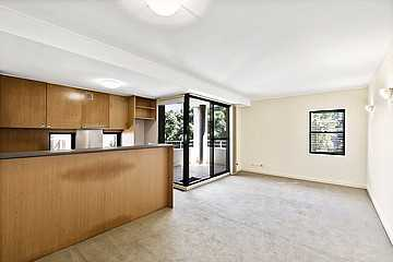Beautiful Two Bedroom Two Bathroom Apartment