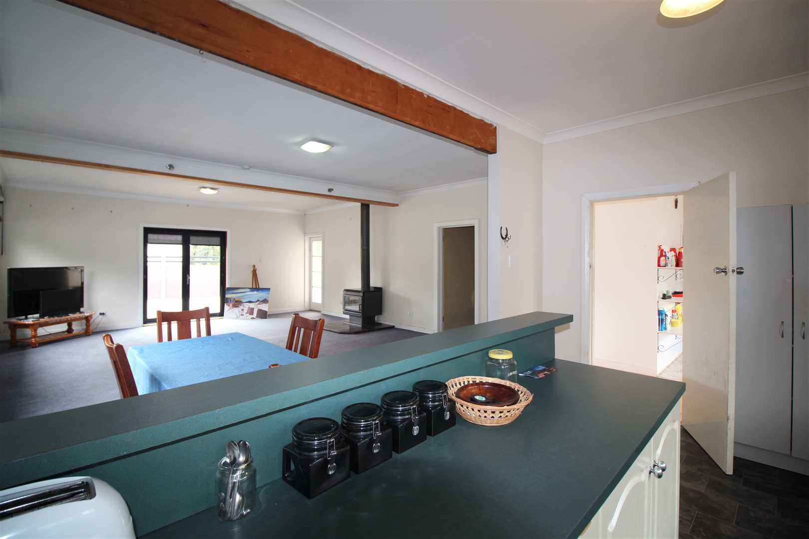Open Plan Kitchen/Dining/Living area