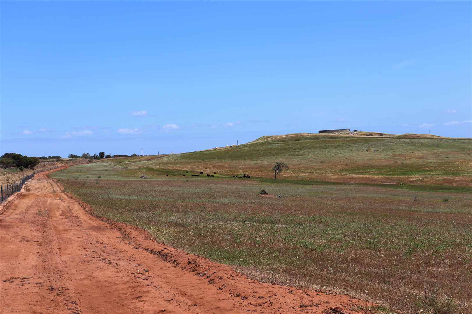 32 ha- south side of Mooliabeenee rd