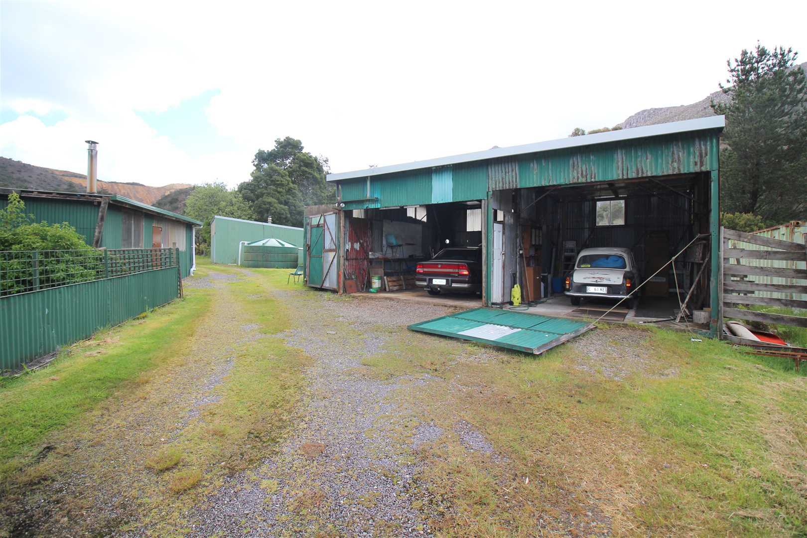 Double Carport/Workshop