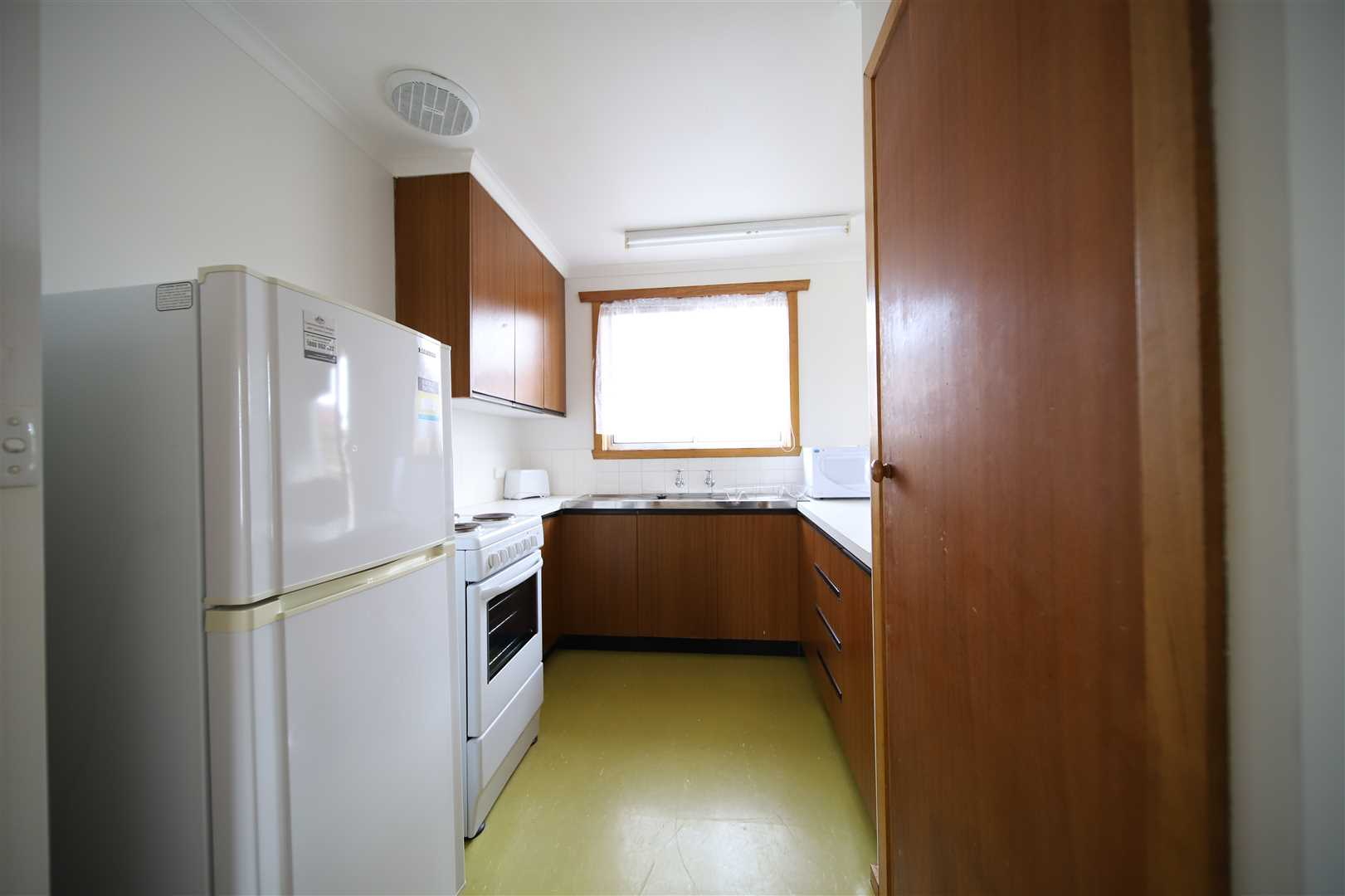 Kitchen Unit 1