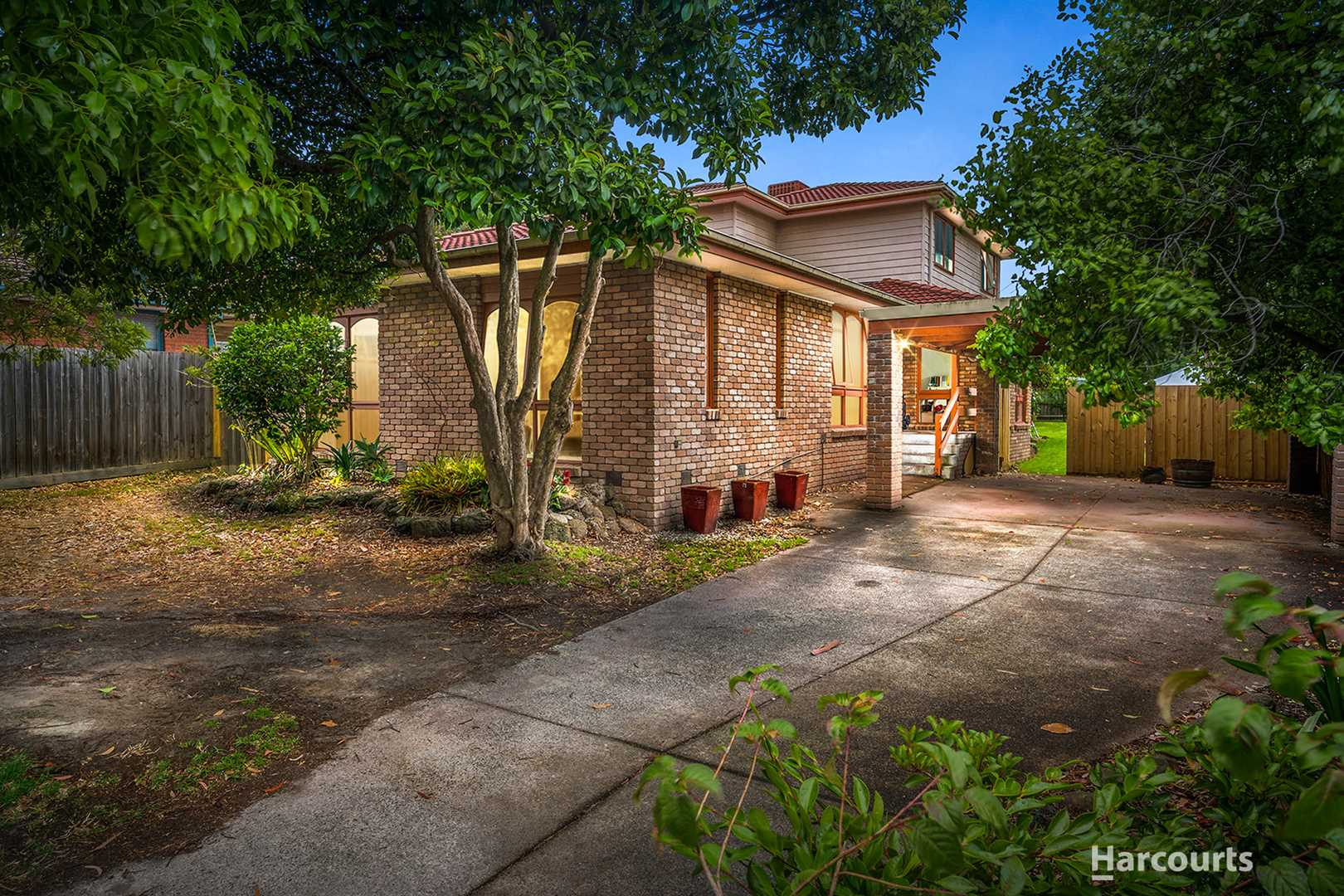 Quiet Court Location with Room for the Whole Family!