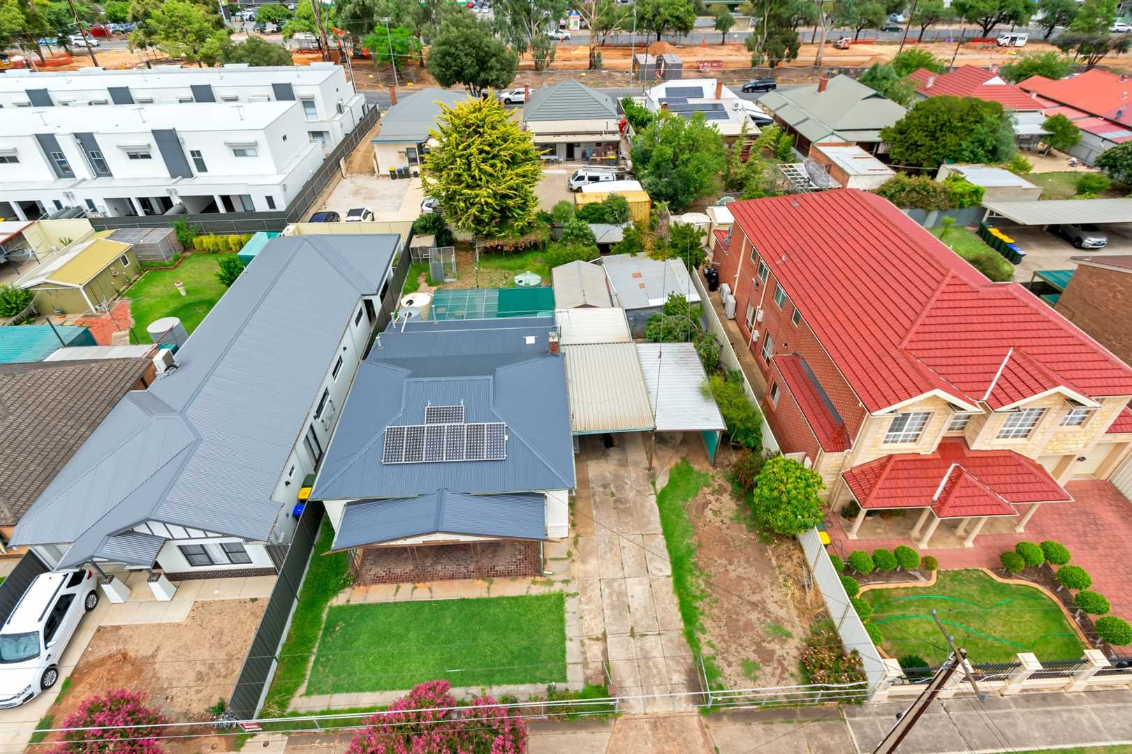 A grand re-development opportunity within an inner-city gem