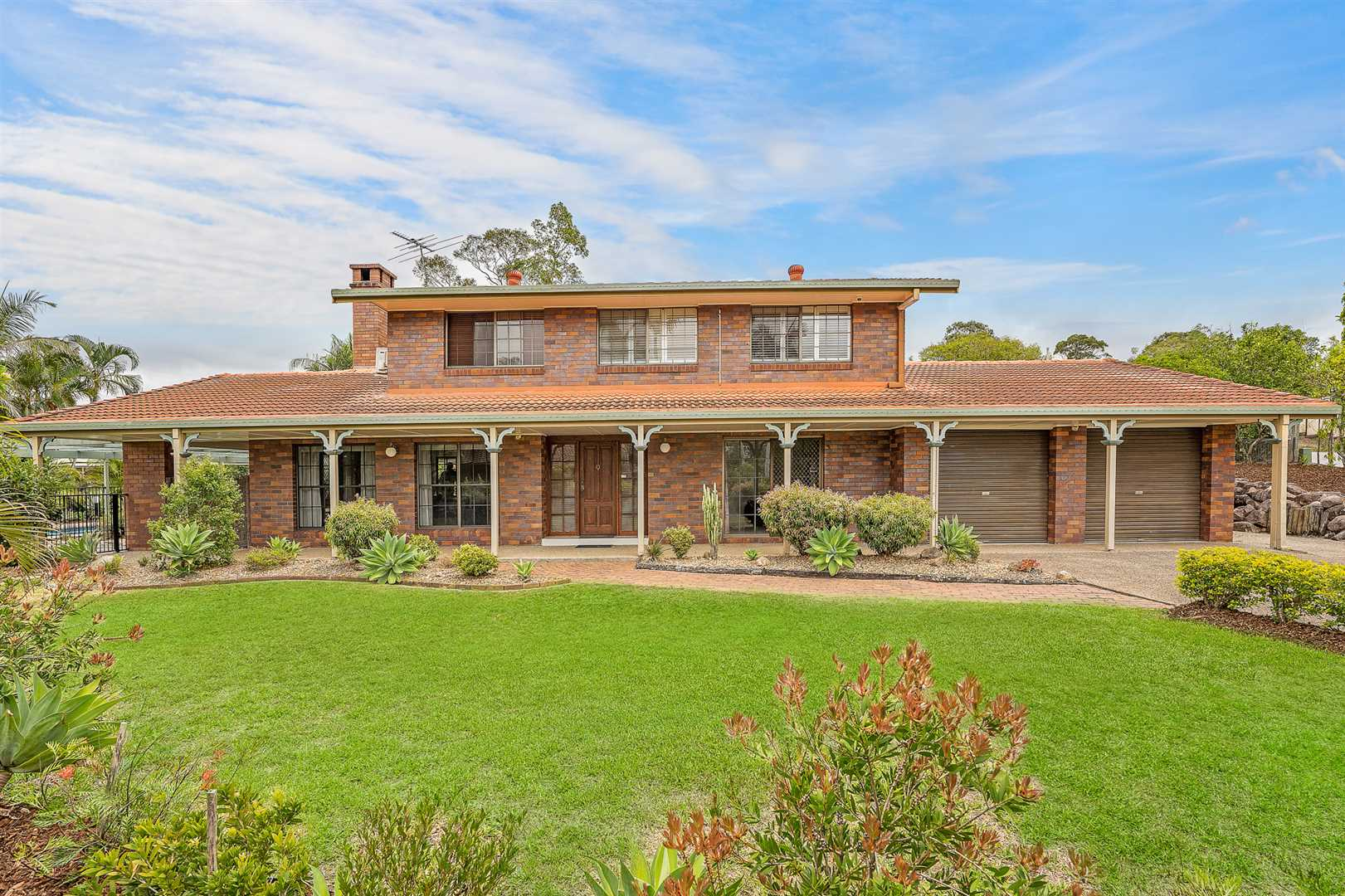 The ultimate family home in the perfect location!